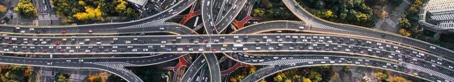 ¿Cómo se produce la pérdida de la lordosis en los accidentes de tráfico?